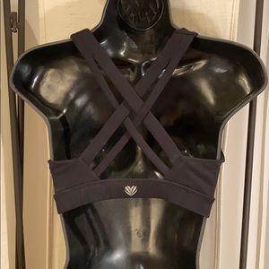 Forever 21 Tops - Forever 21 black cross back active sports bra